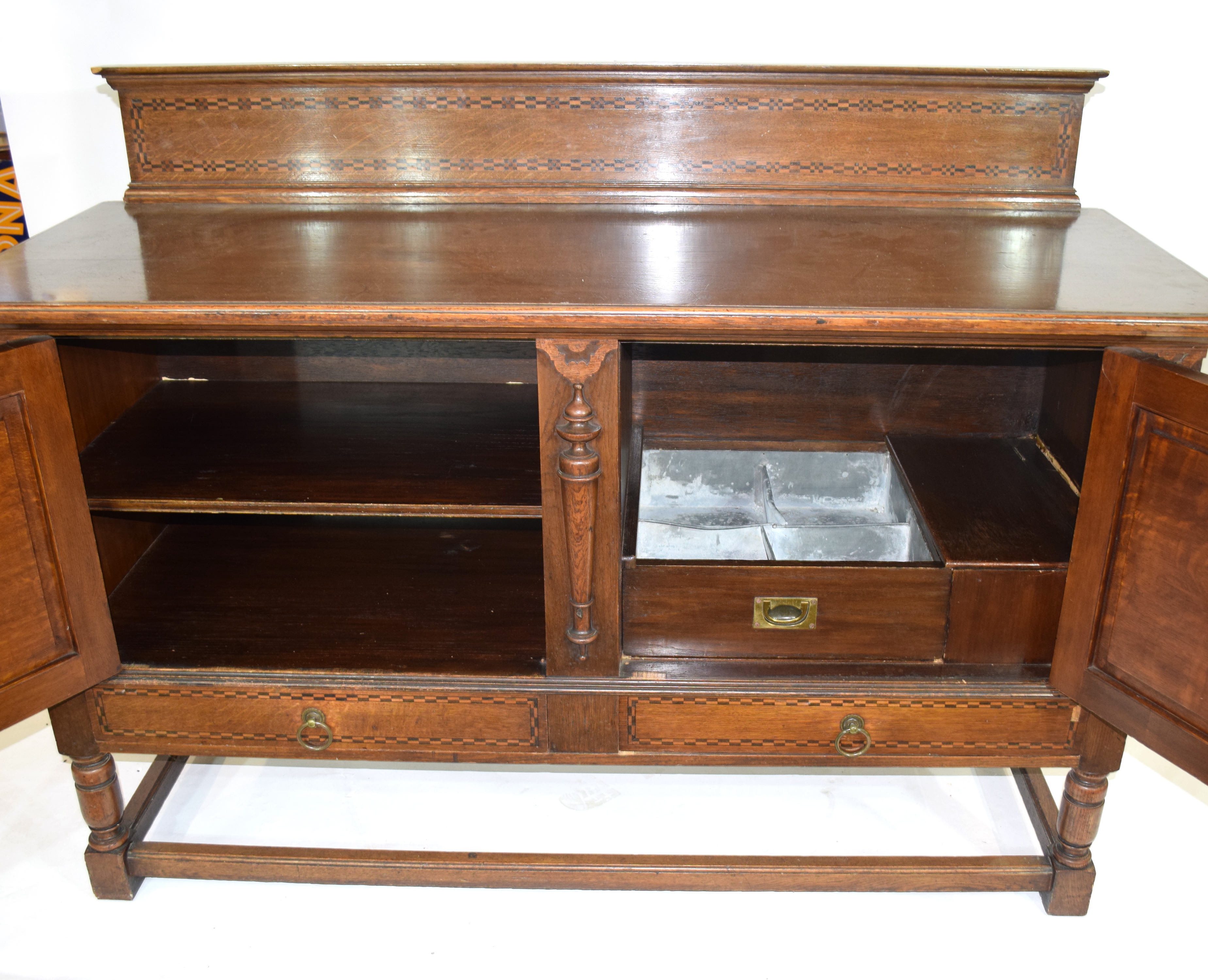 Good quality early 20th century oak sideboard in 17th century style having a chequered inlaid - Image 2 of 4