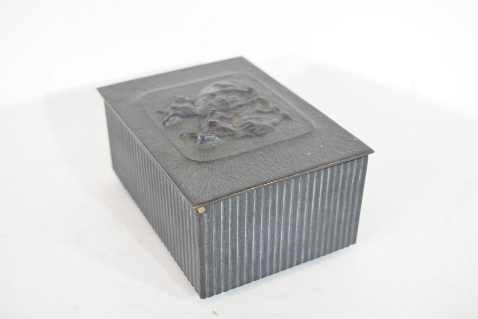 Box, the top modelled with two Corgi style dogs - Image 4 of 6