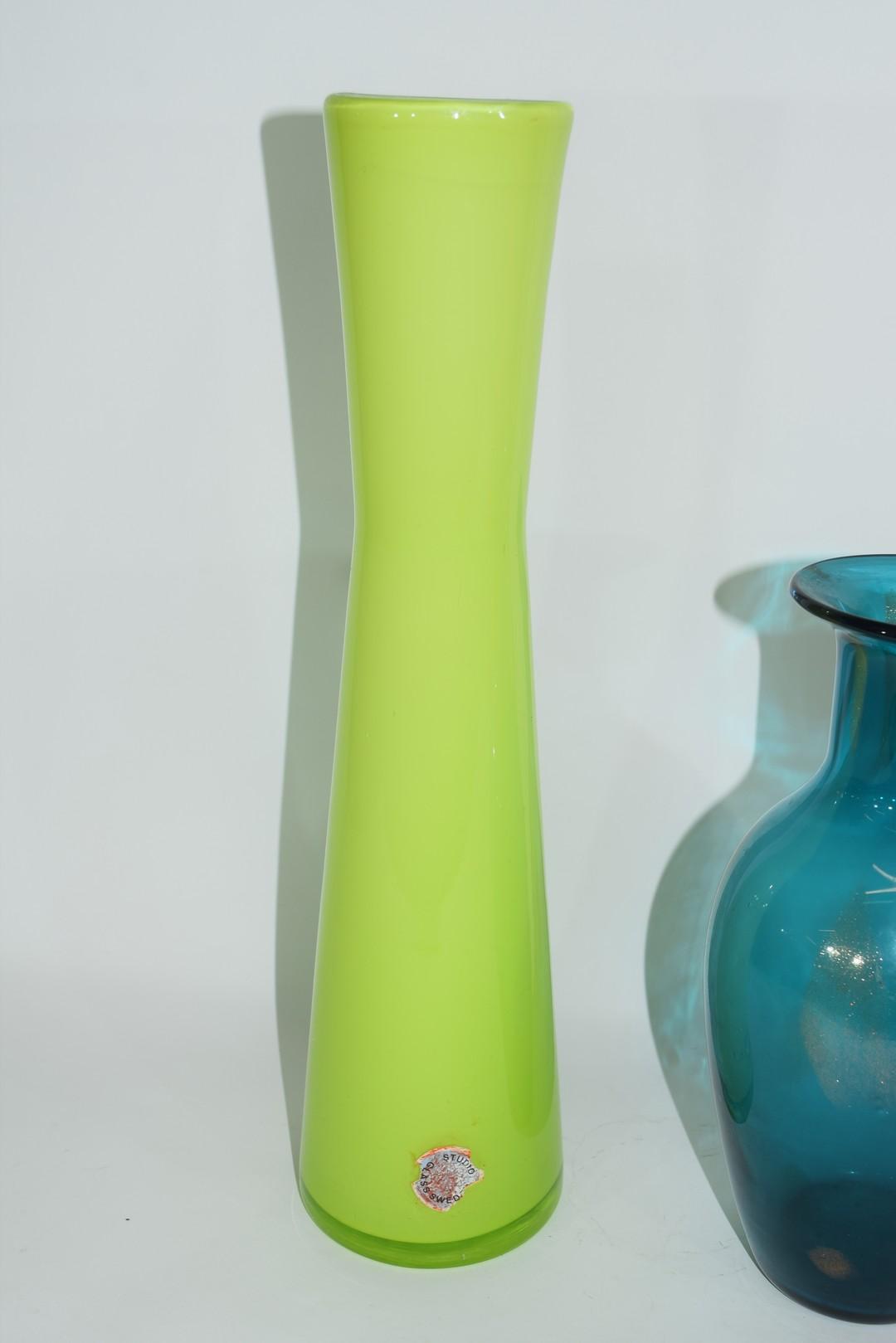 Group of three Swedish Art glass vases - Image 5 of 5