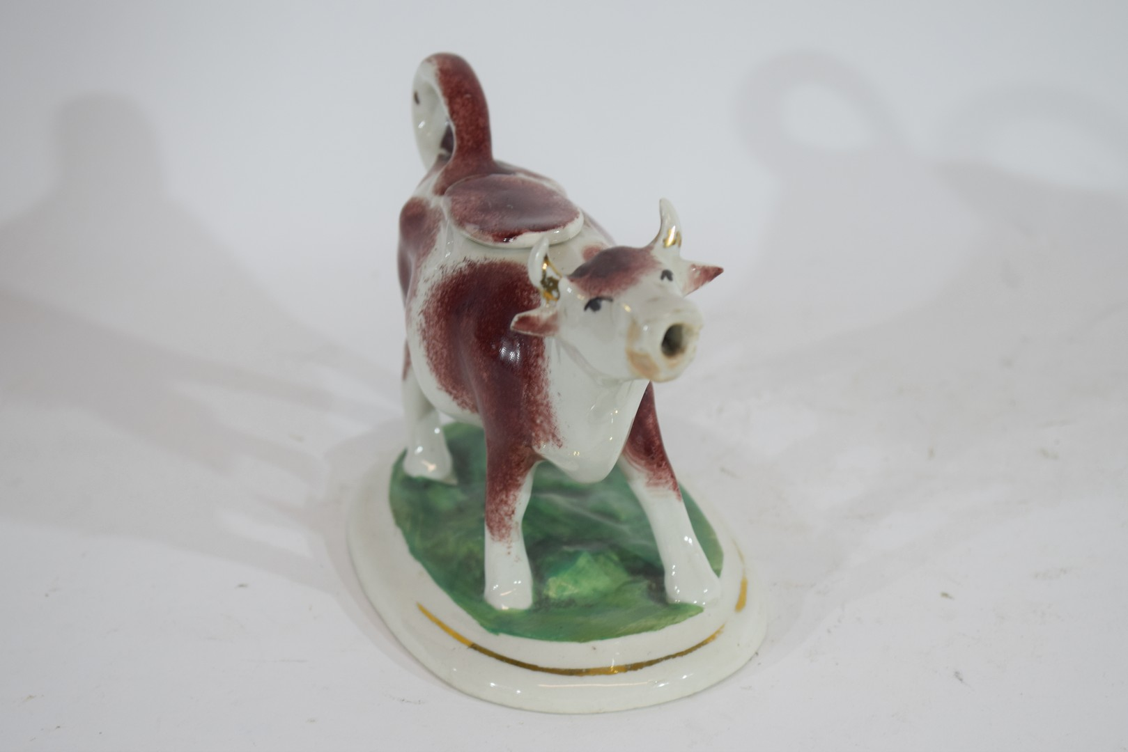 Pottery model of a cow creamer - Image 2 of 5