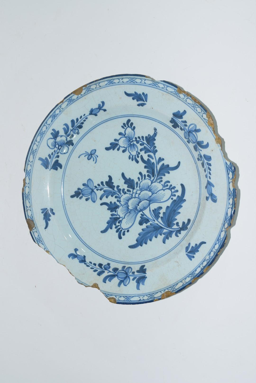 Three 18th century English Delft plates - Image 4 of 7