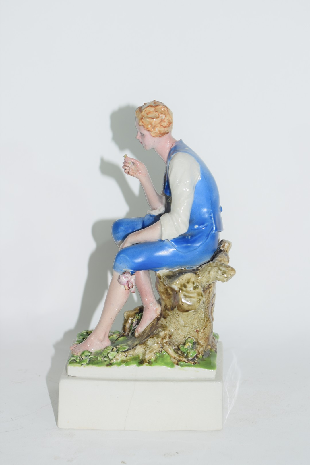Chelsea Pottery model of a young boy - Image 2 of 6