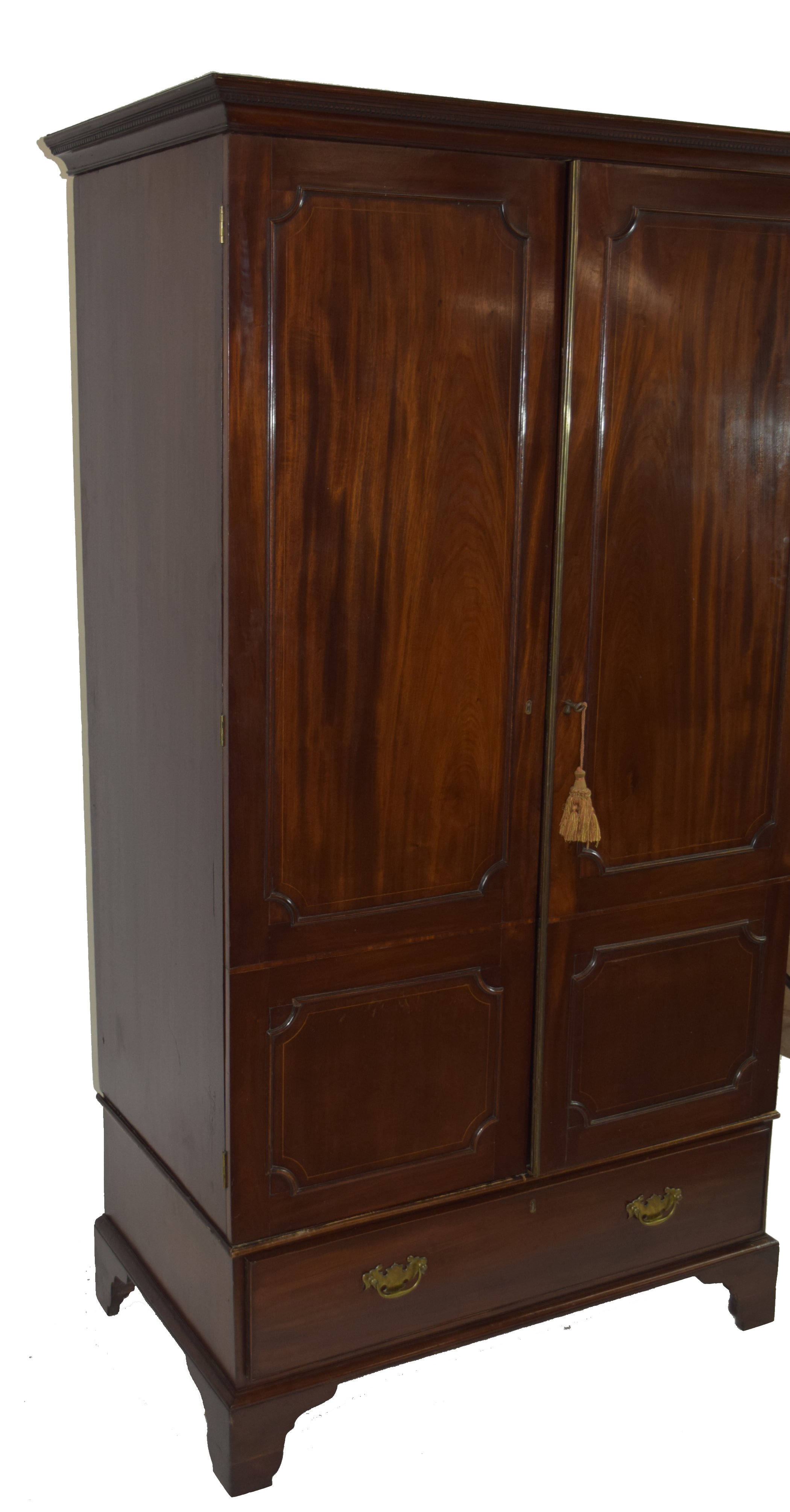 19th century mahogany wardrobe with moulded cornice over two panelled doors and single drawer - Image 3 of 6