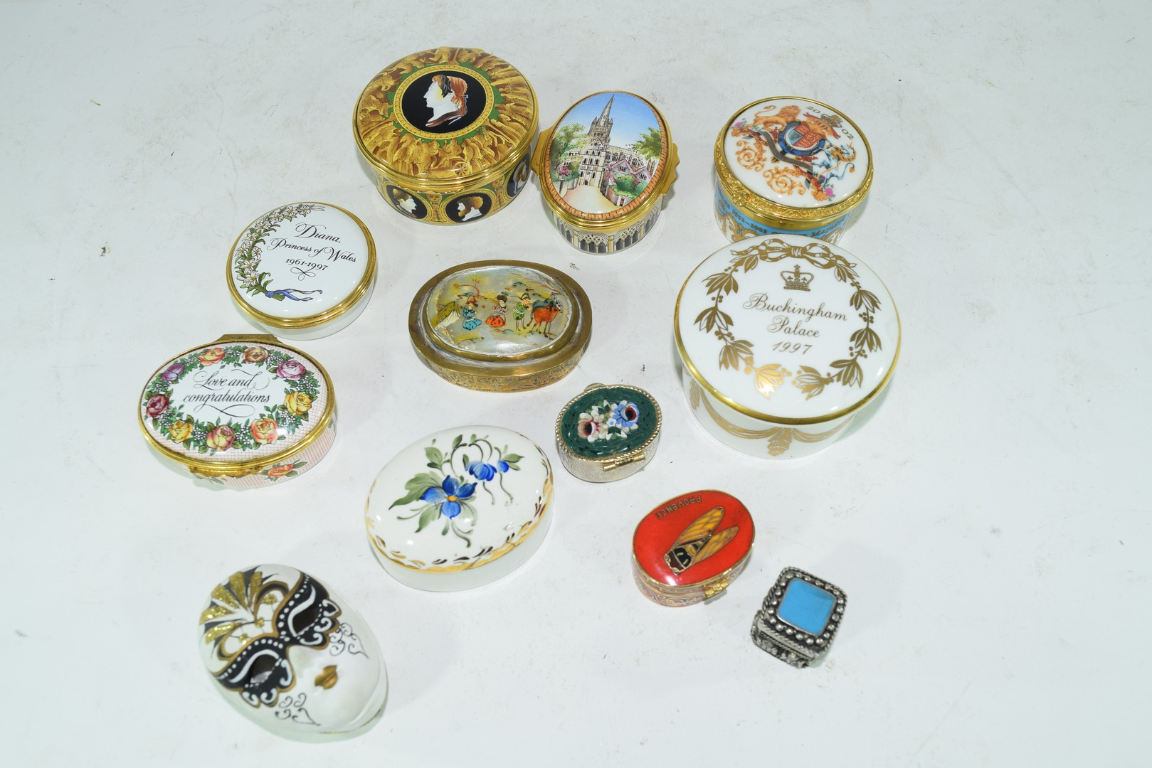 Mixed lot various small trinket and pill boxes - Image 3 of 6