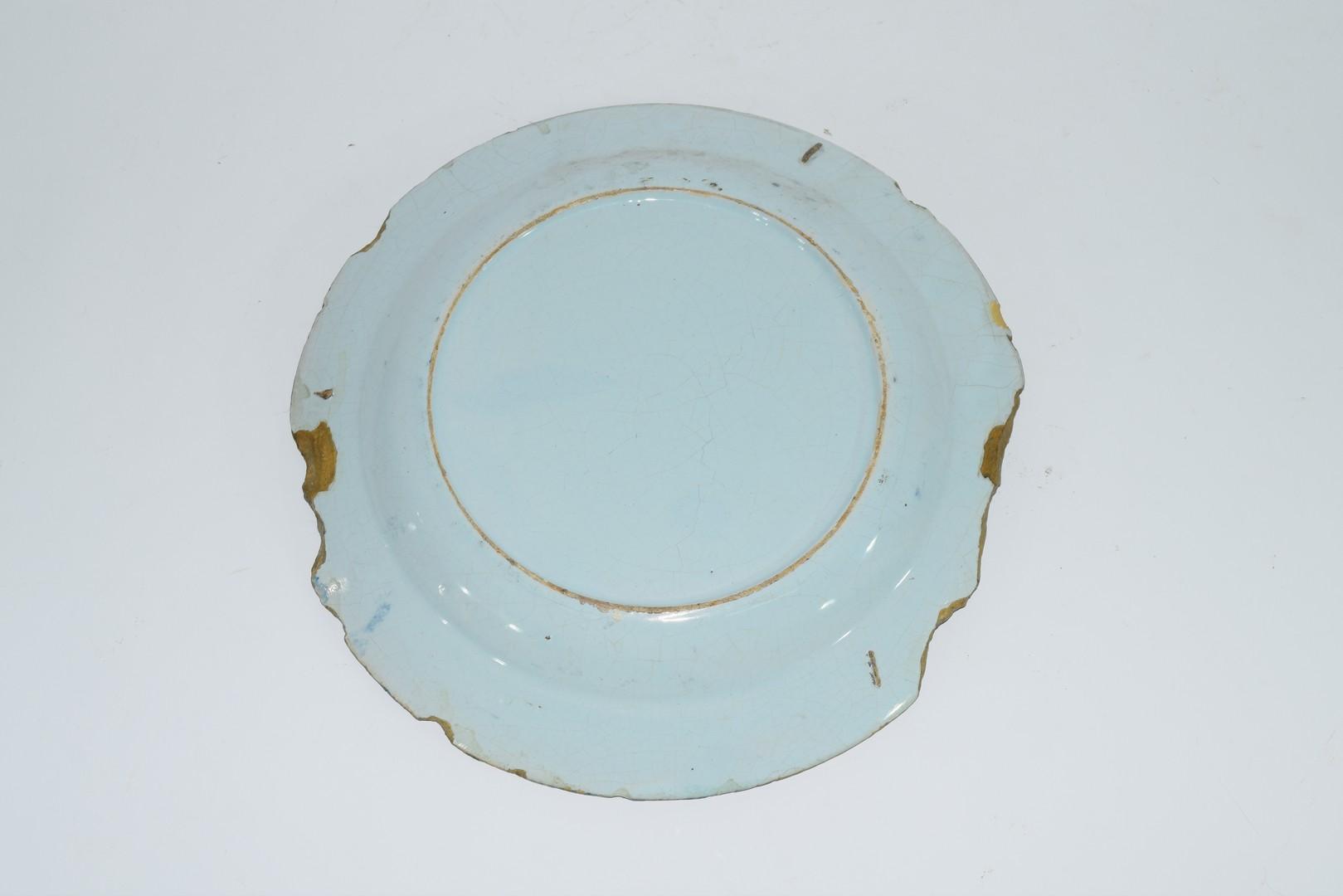 Three 18th century English Delft plates - Image 5 of 7