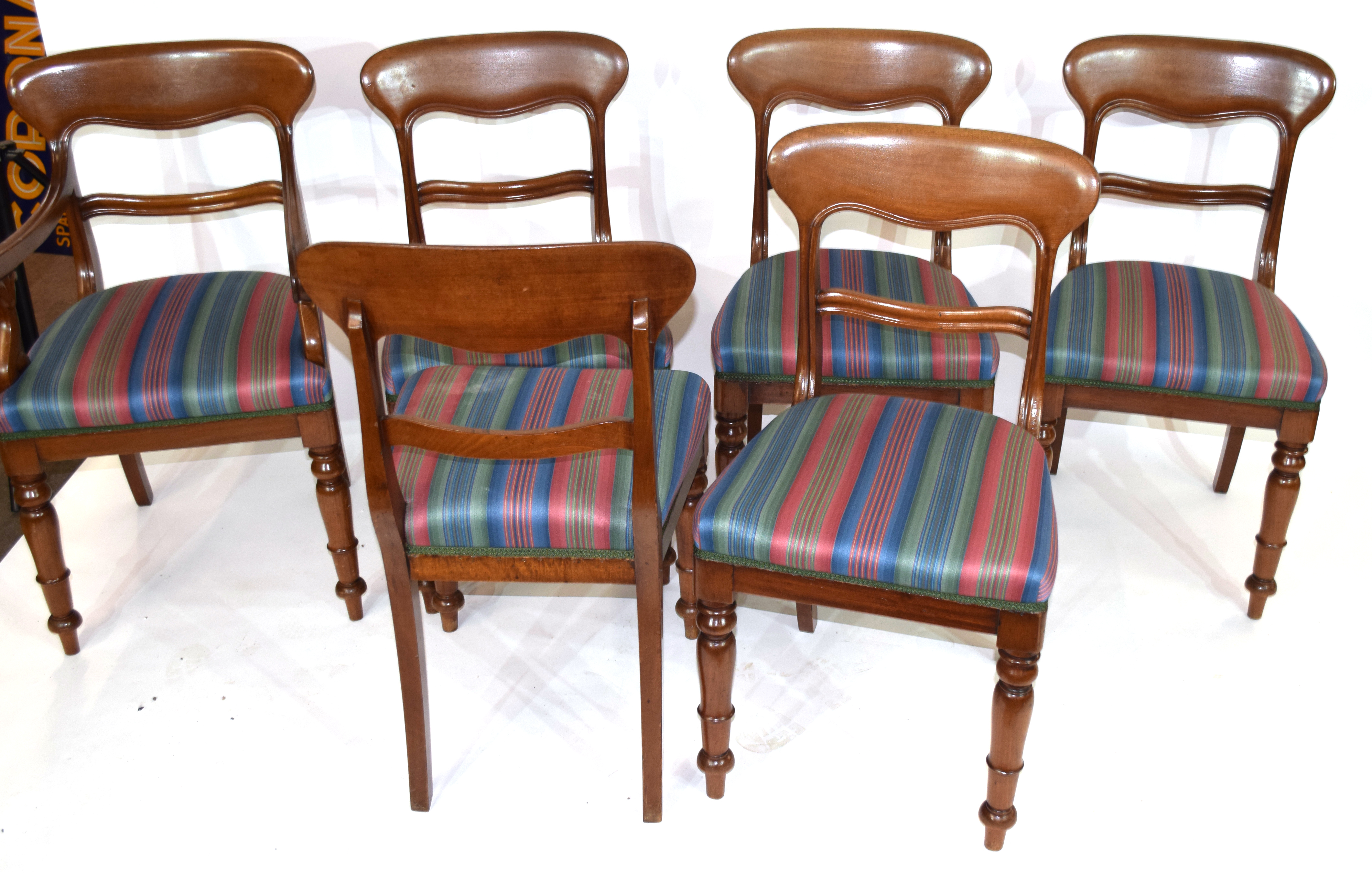 Set of six Victorian mahogany bar back dining chairs, comprising one carver and five single chairs - Image 5 of 5