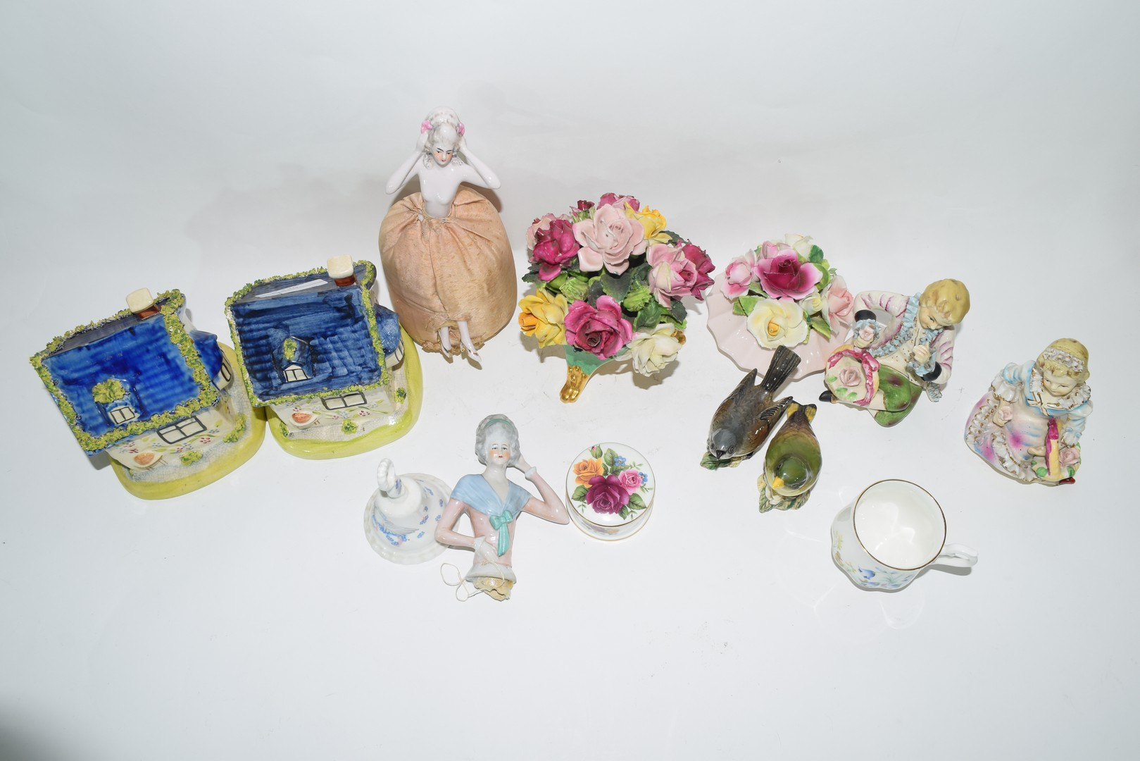 Group of English pottery and porcelain wares - Image 5 of 5
