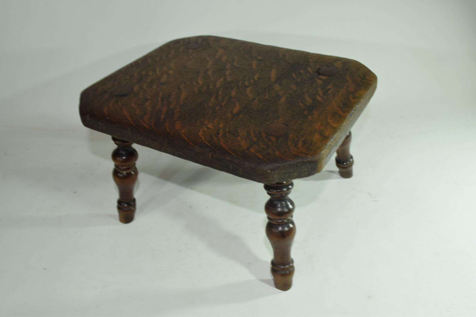 Late 19th century oak four legged milking stool - Image 2 of 3