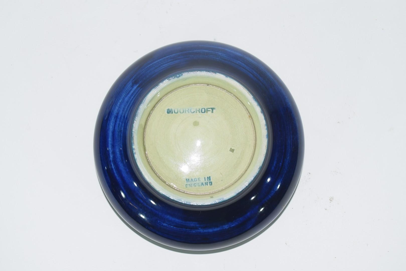 Small Moorcroft pin dish - Image 4 of 5