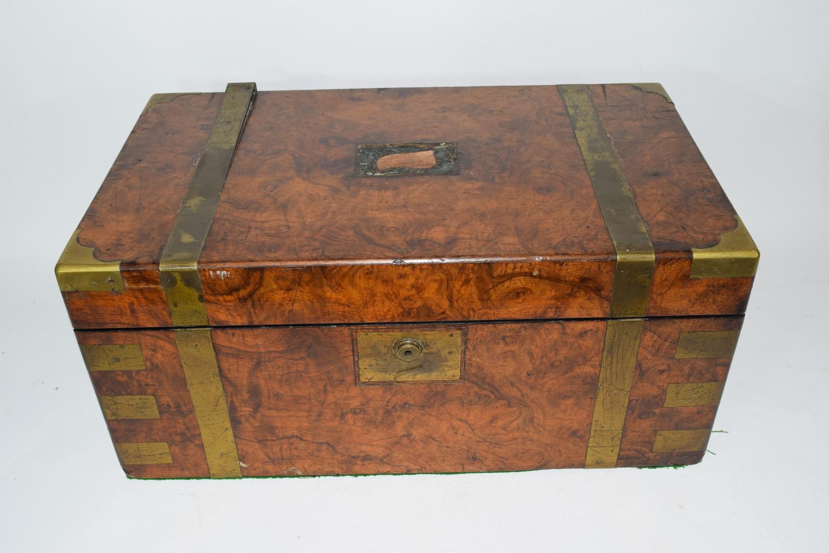 Victorian walnut veneered and brass mounted writing box - Image 3 of 10