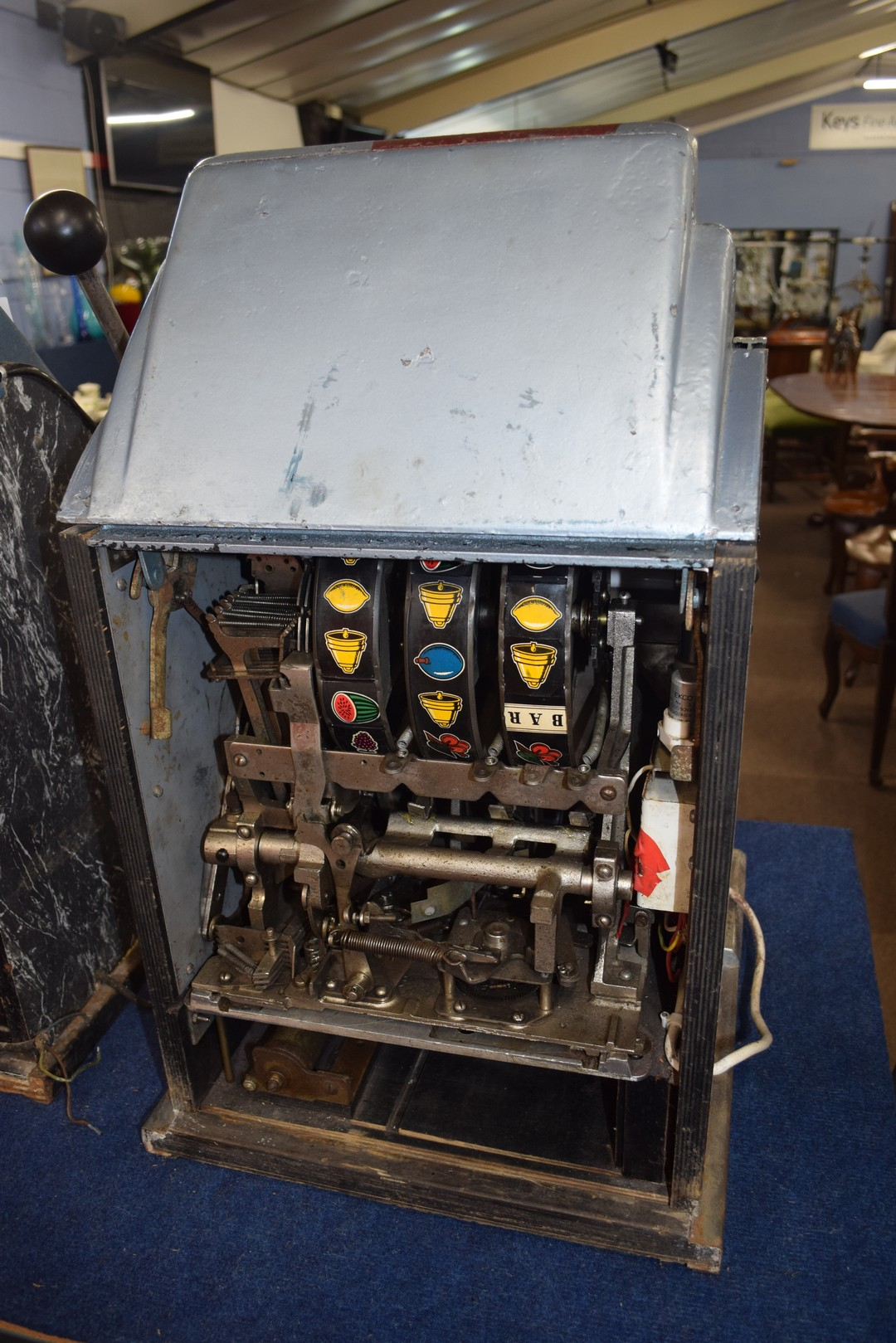 Vintage penny fair one armed bandit fruit machine, with light up display, 68cm high Condition: - Image 4 of 5