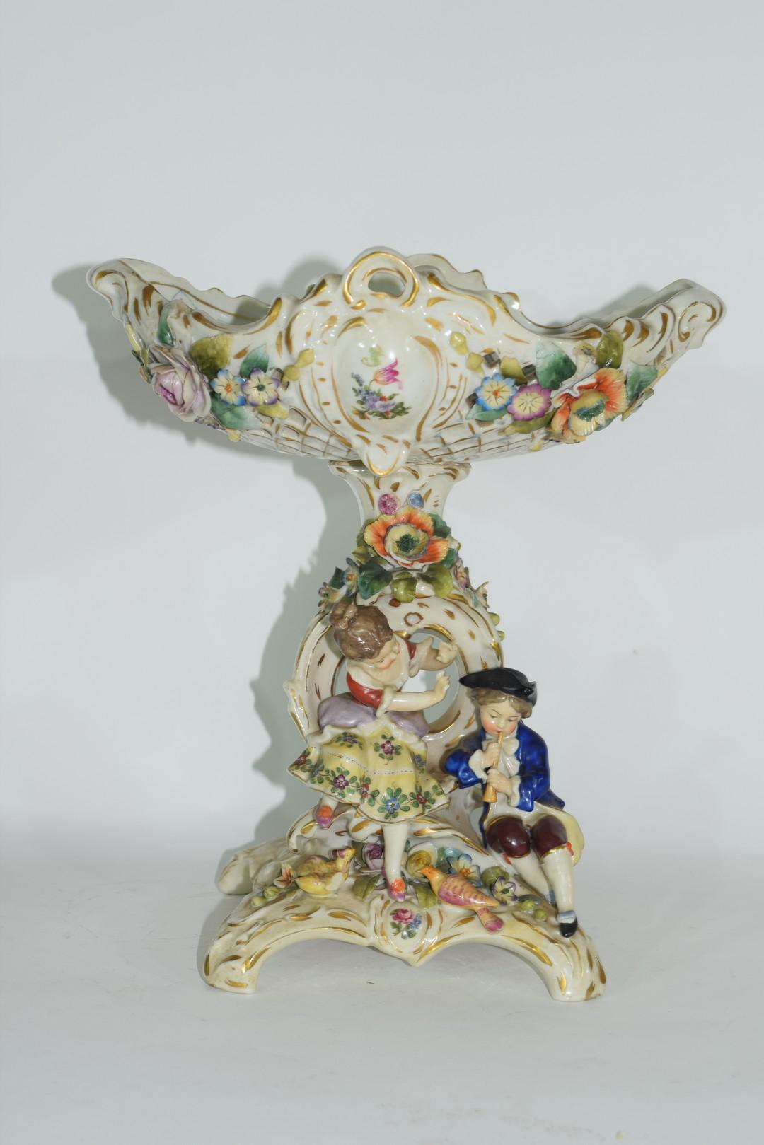 Continental Meissen style porcelain centrepiece