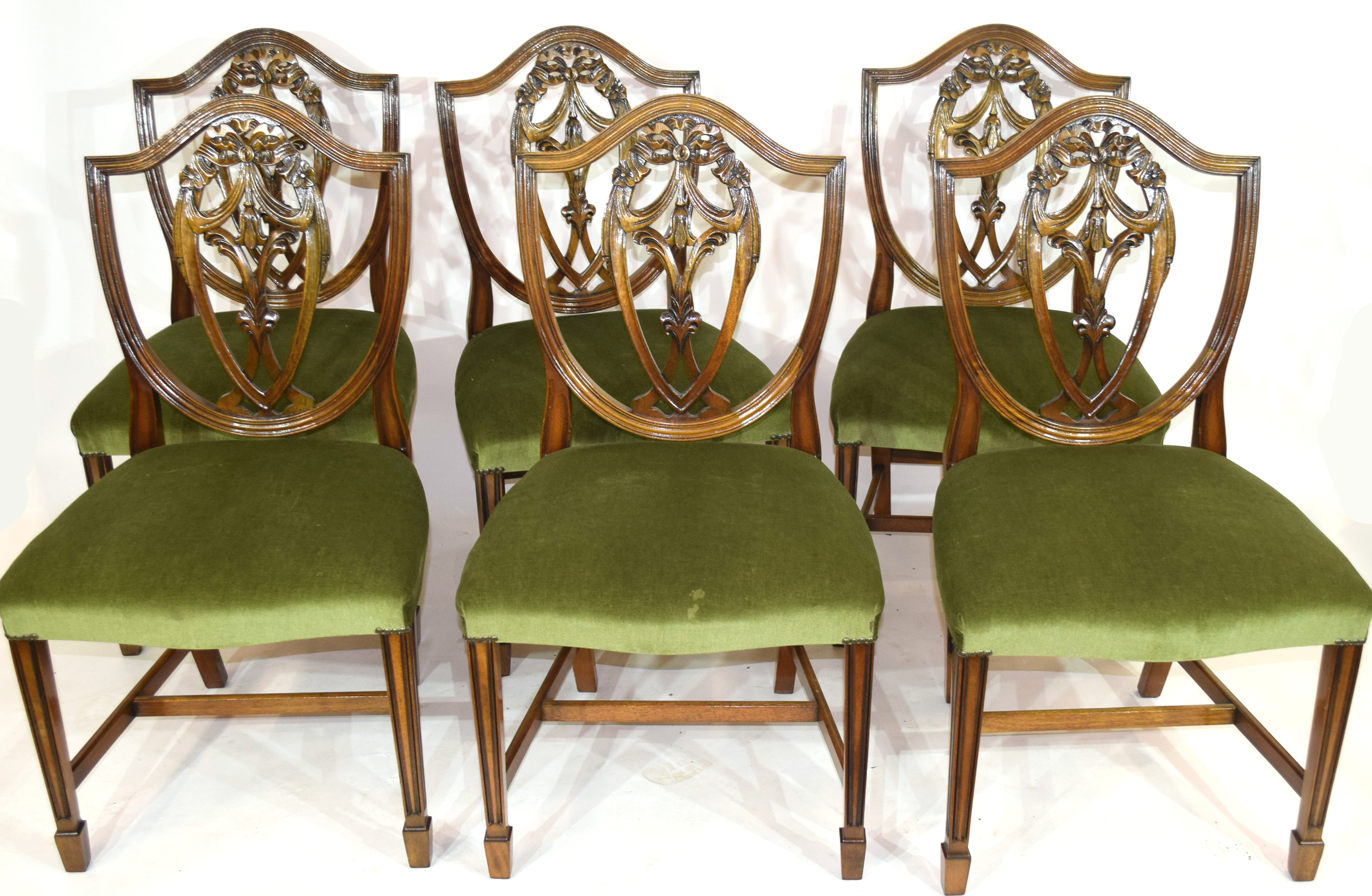 Set of six reproduction shield back dining chairs - Image 2 of 3