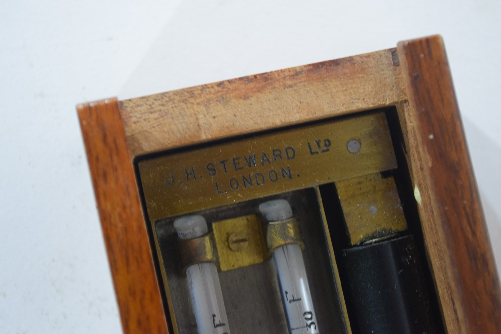 Edney Swing Hygrometer by H Steward Ltd, London - Image 4 of 4