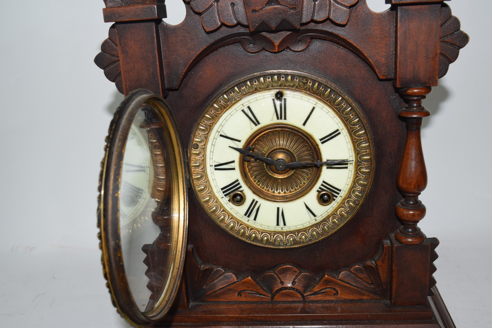 Late 19th century mantel clock by Ansona of New York - Image 6 of 6