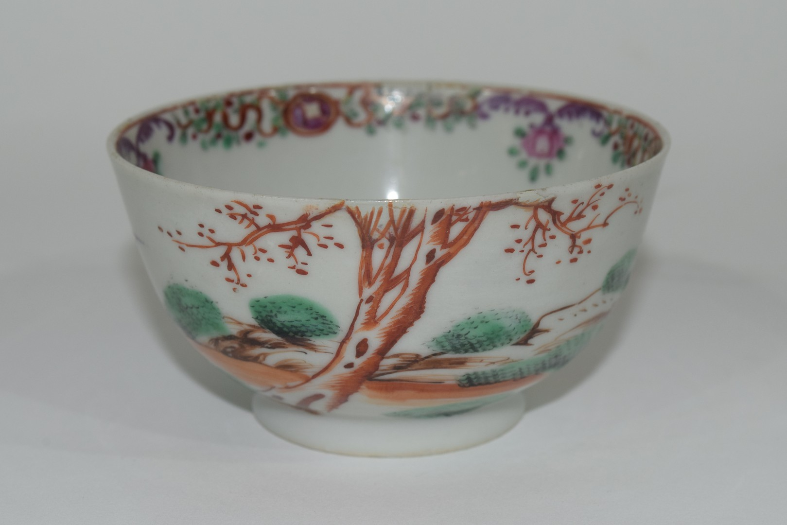 Small Chinese bowl, 18th century - Image 6 of 13
