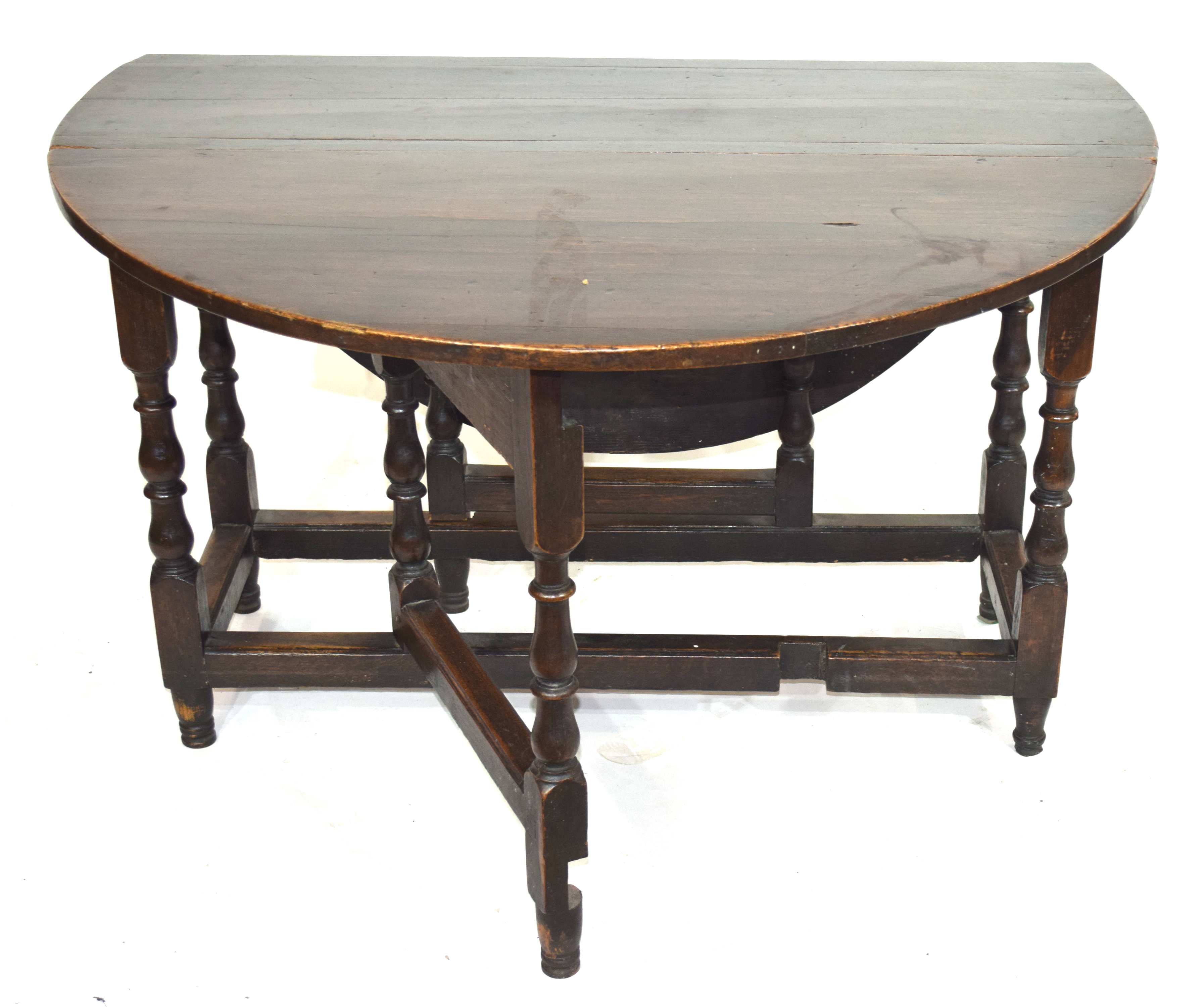 18th century oval oak gateleg table raised on turned legs, 120cm wide Condition: Overall surface - Image 2 of 2