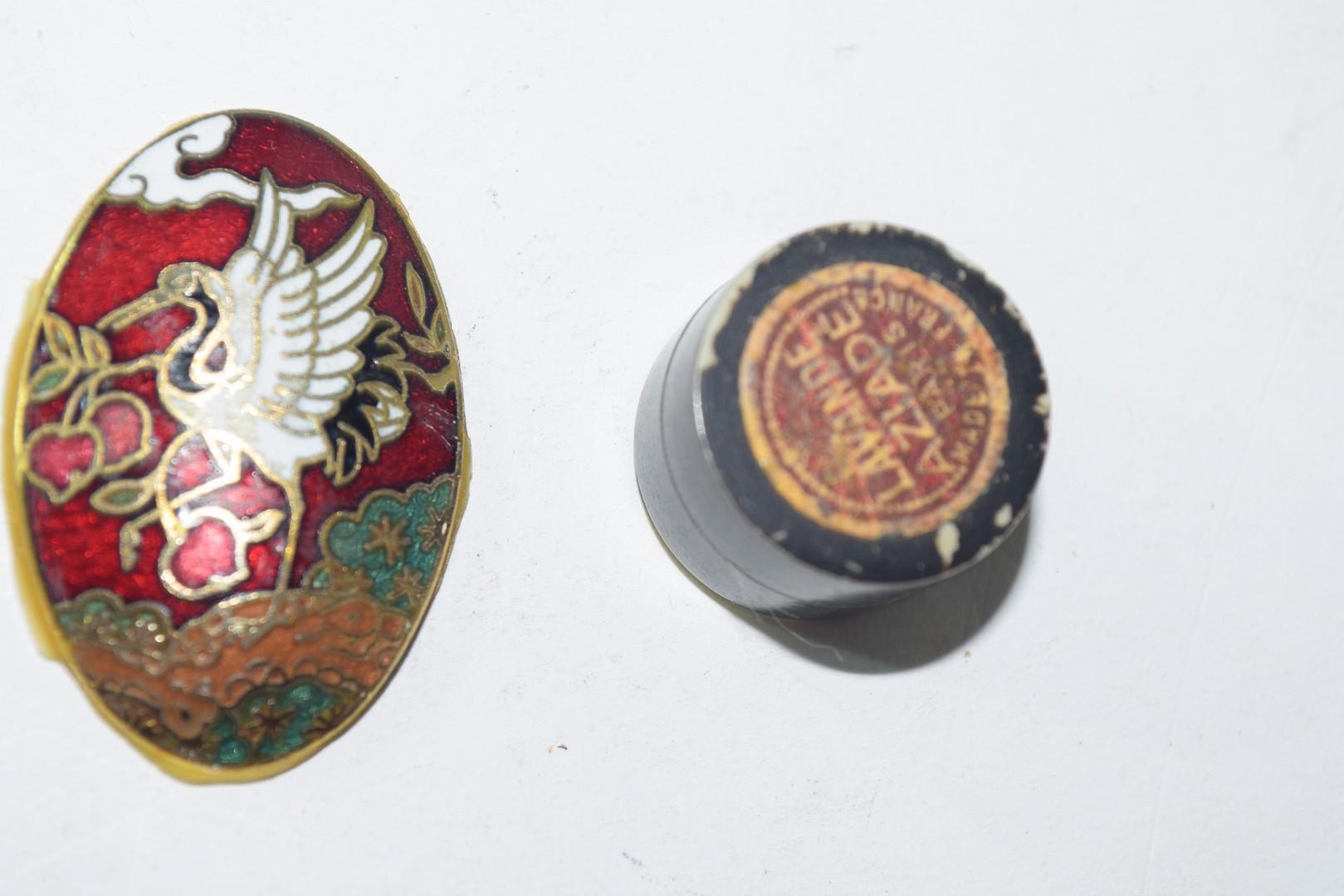 Ralph W Cowan memorial porcelain rosary box etc - Image 7 of 7