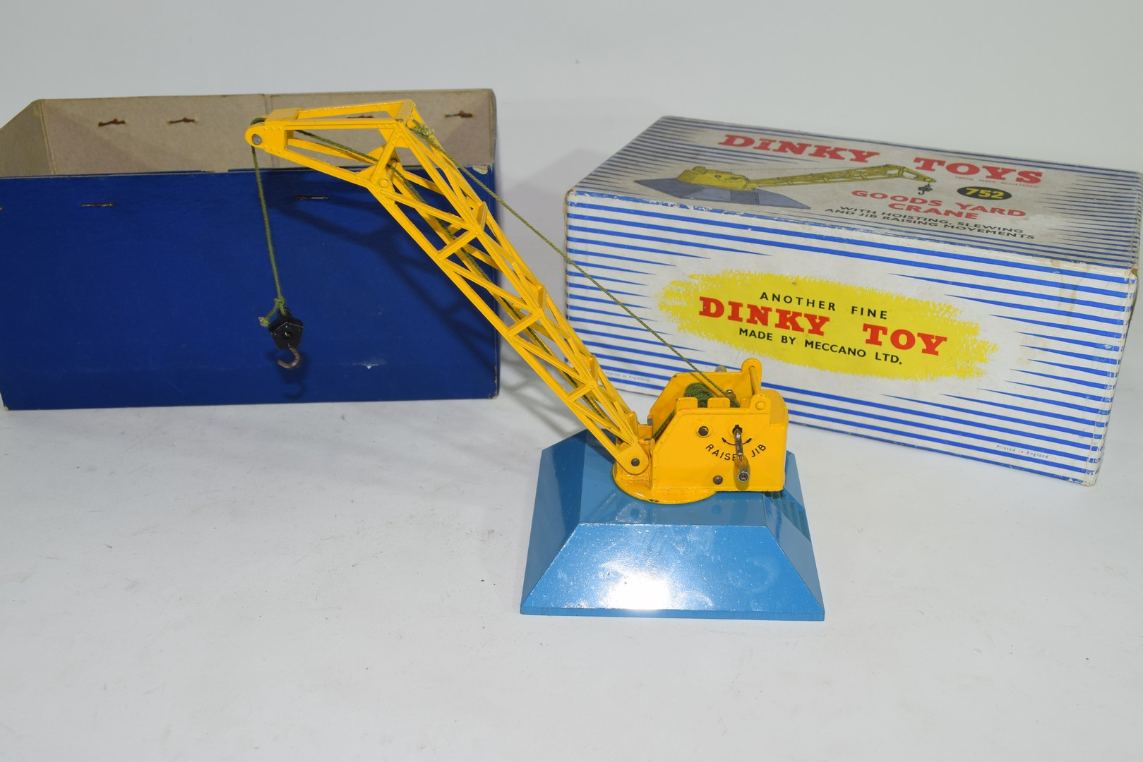 Dinky Goods yard crane No 752 in original box - Image 2 of 5