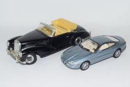Maisto model of a Mercedes 300S 1955