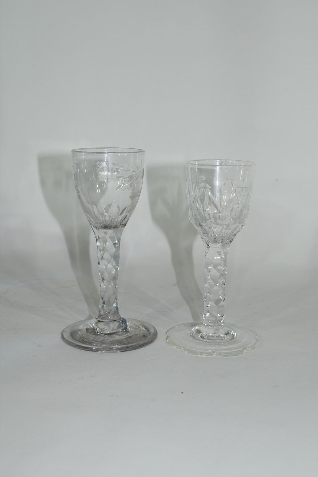 Two cordial glasses - Image 2 of 5
