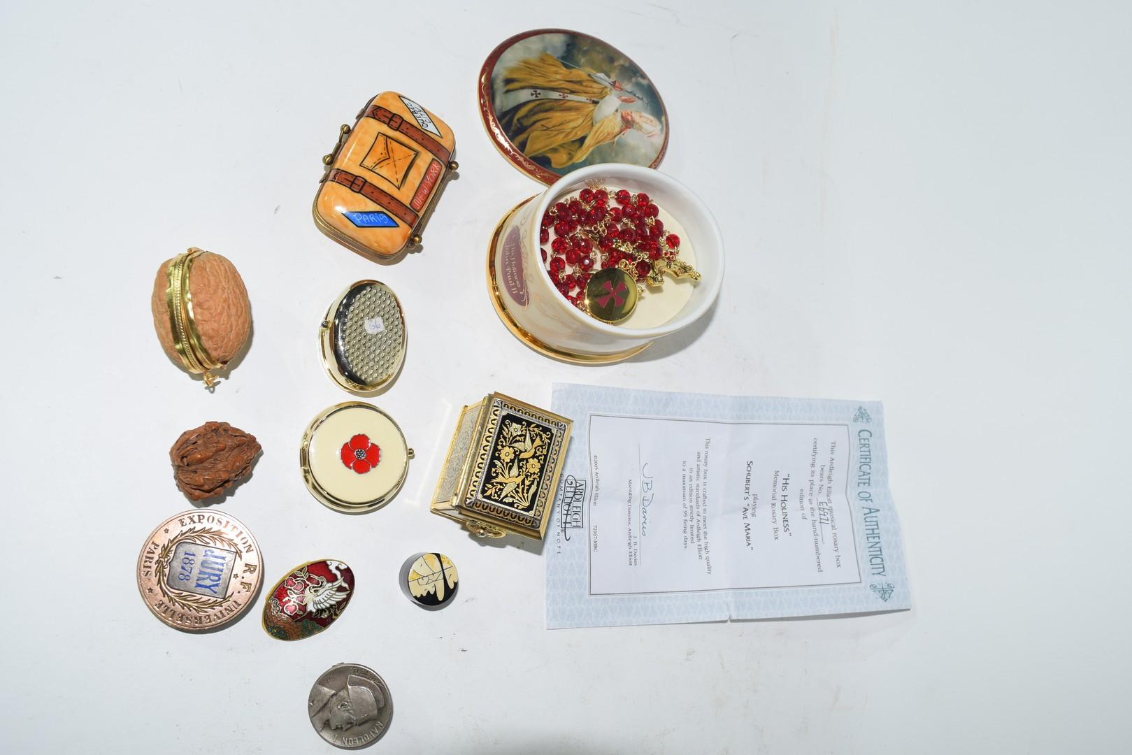 Ralph W Cowan memorial porcelain rosary box etc - Image 2 of 7