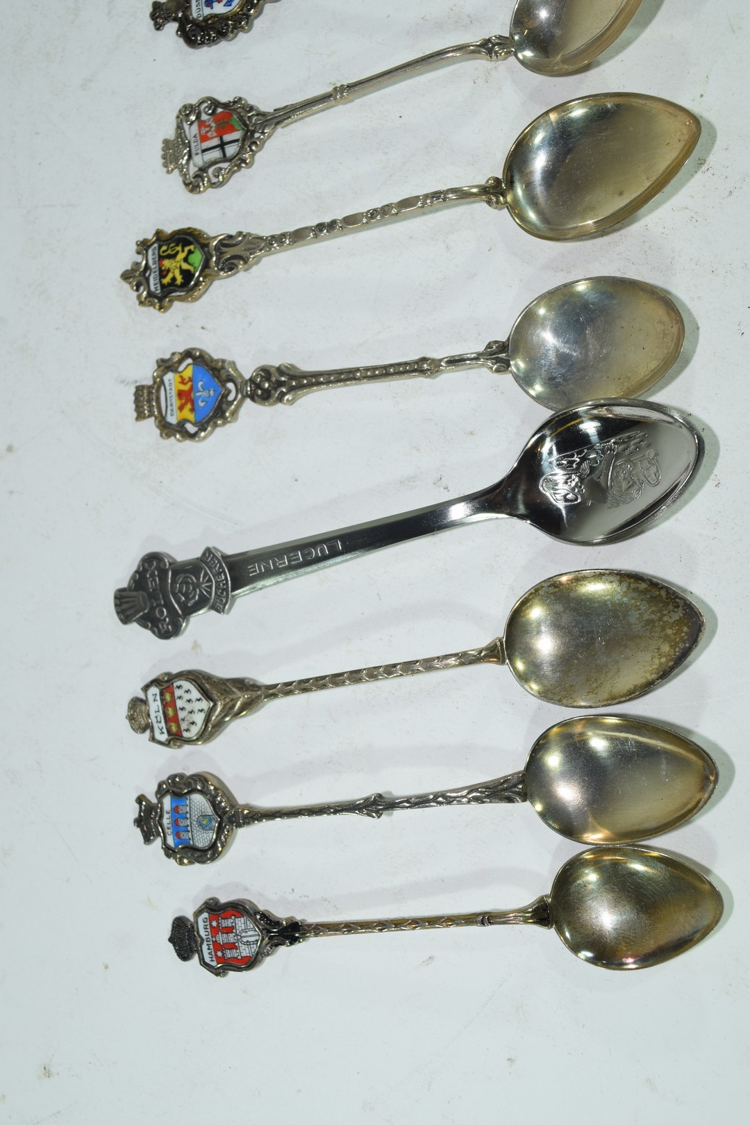 Three small boxes containing a quantity of collectors spoons - Image 3 of 6