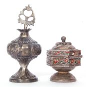 Mixed lot: An Indian silver Kohl bottle, together with a silver and enamelled sindar pot (2)