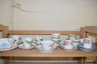 MIXED LOT COMPRISING CUPS AND SAUCERS TO INCLUDE ADDERLEY LILY OF THE VALLEY PATTERN, ALLERTONS