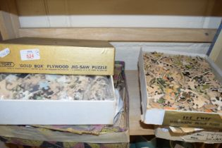 MIXED LOT OF VINTAGE JIGSAW PUZZLES