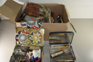 BOX CONTAINING NOVELTY CIGARETTE DISPENSER, BEADED COASTERS, PLAYING CARDS, CIGARETTE CARDS ETC