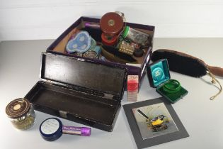 BOX OF MIXED ITEMS TO INCLUDE SILVER PLATED CHRISTENING CUP, WEDGWOOD JASPERWARE ASHTRAY, JAR OF