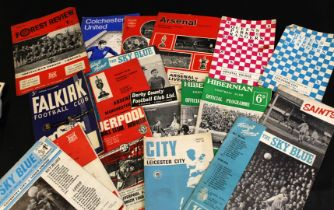 Packet: 70+ assorted soccer programmes mainly 1966-73, including Tottenham Hotspur, Manchester