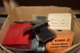 BOX OF VARIOUS PHOTOGRAPHIC GLASS PLATES, VARIOUS FILM NEGATIVES, COLOURED GREETINGS CARD ETC