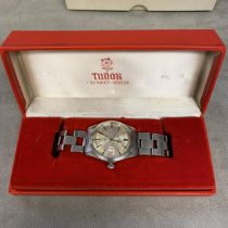 Gents stainless steel Tudor Rolex wrist watch, a 38mm silvered face, with red date aperture at 3 and