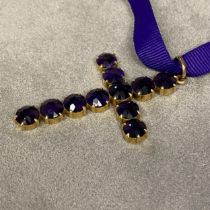 14ct gold and amethyst pendant cross set with 11 round free cut amethysts, 8 grams, 50 x 35mm