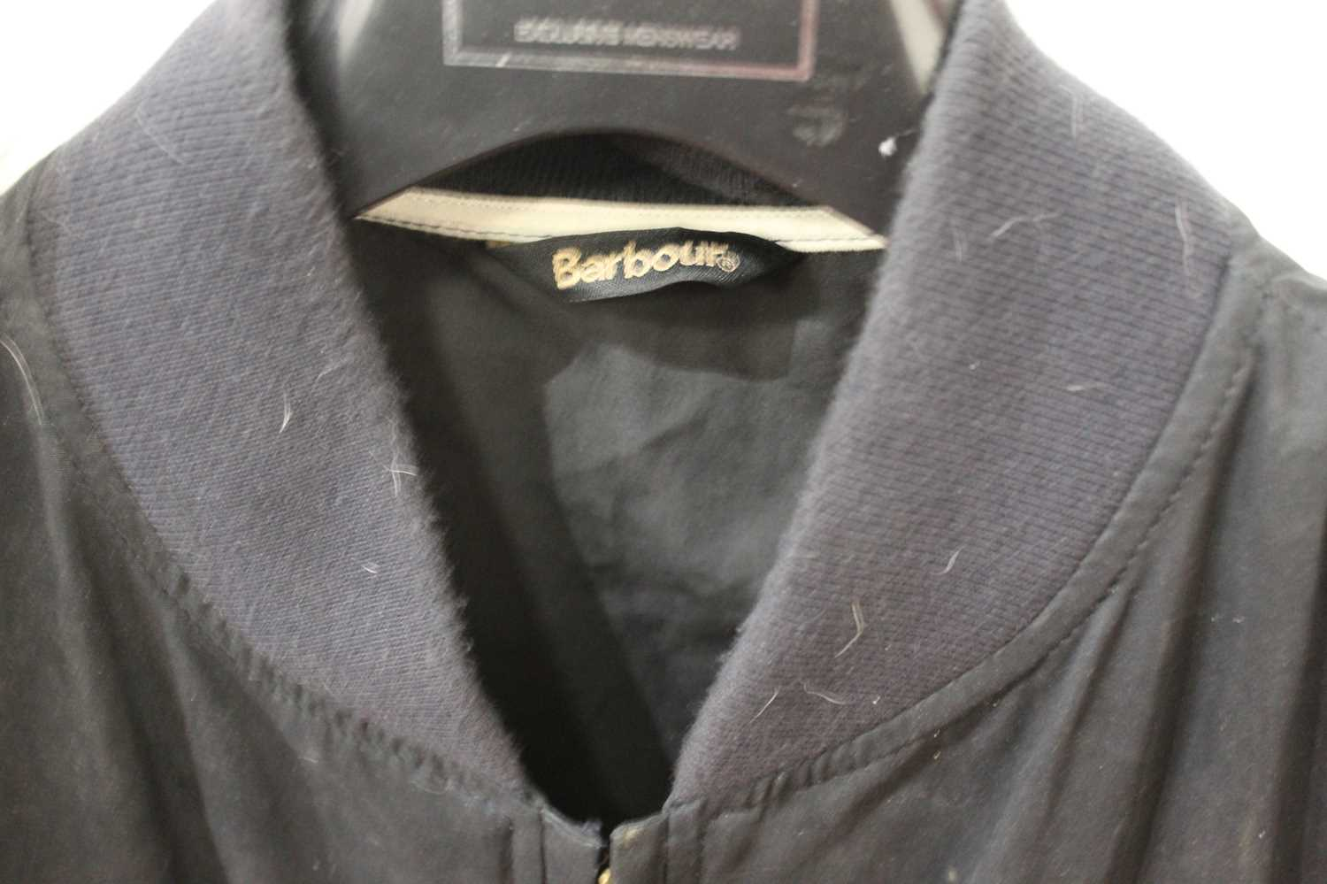 A gent's Barbour jacket, size medium - Image 2 of 3