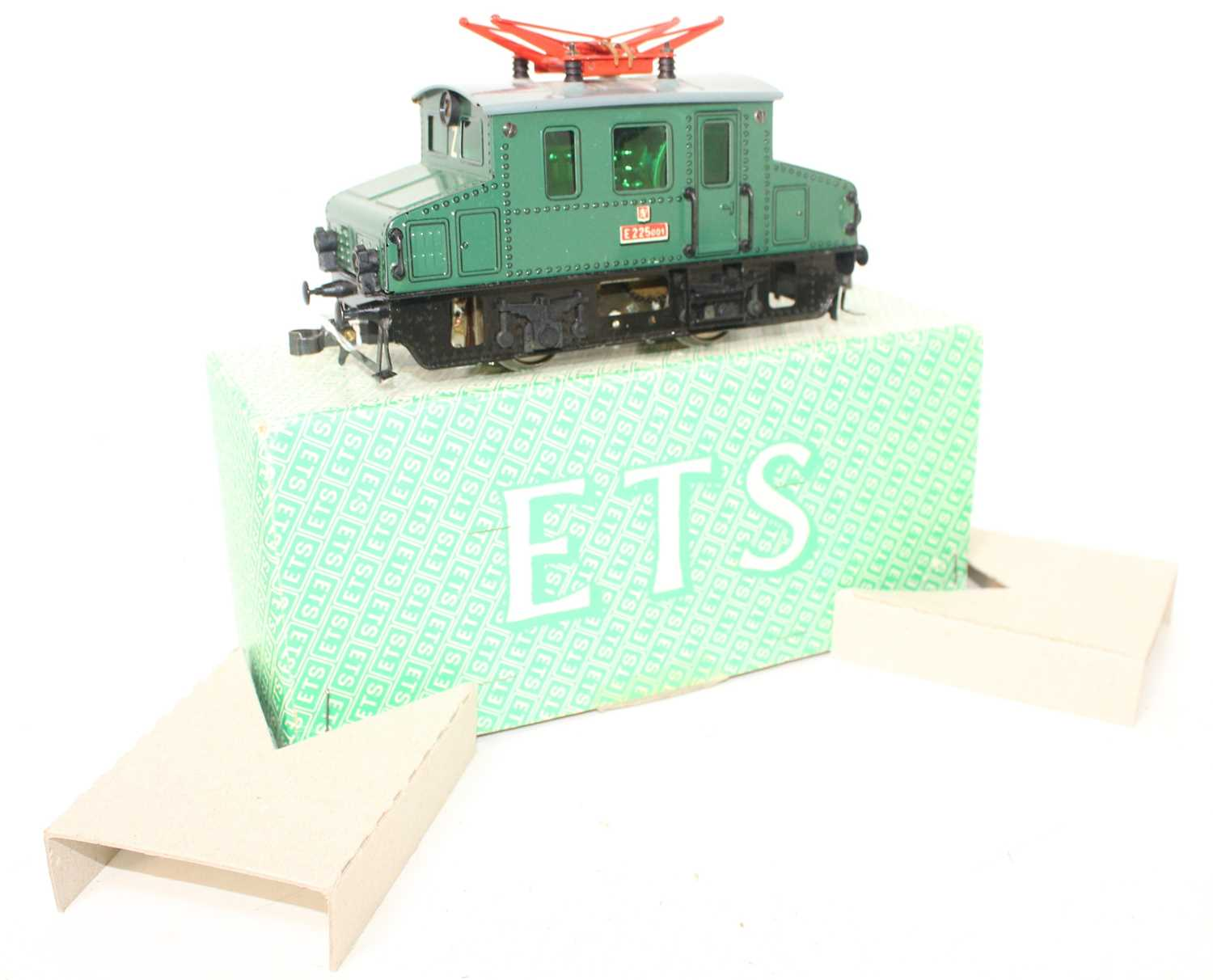 ETS 0-4-0 Electric Centre Car Loco E225001 Green Body, black chassis, grey roof, red pantographs (