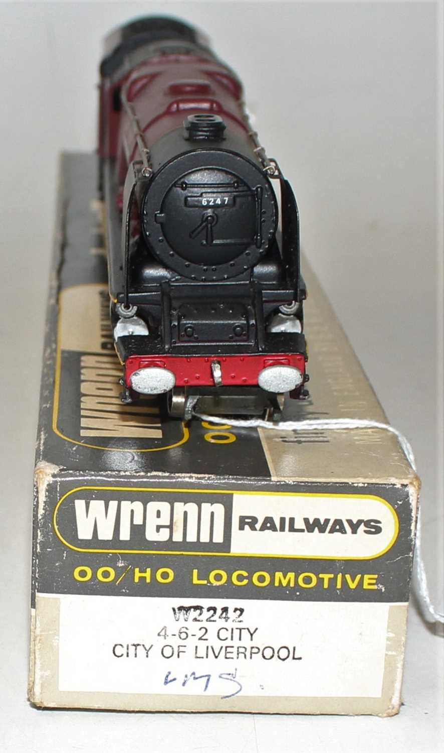 W2242 Wrenn loco & tender 'Duchess' class 4-6-2 'City of Liverpool, LMS red 6247. Lined tender, - Image 3 of 3