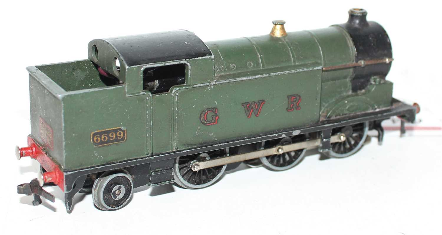 Hornby Dublo EDL7 0-6-2 Tank Loco, GWR Green 6699, horseshoe motor, dull appearance and would - Image 2 of 2