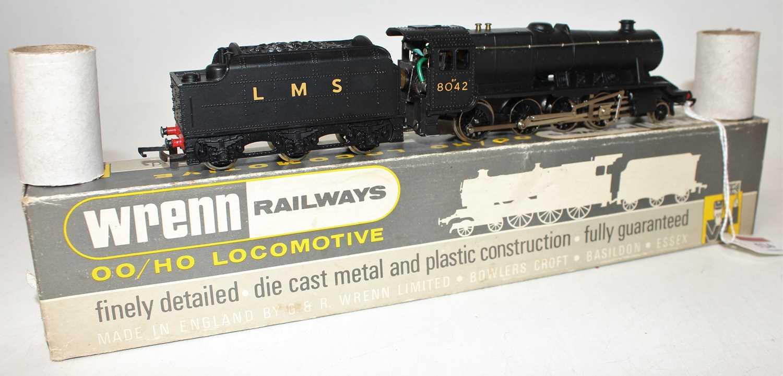 W222540 Wrenn loco & tender 8F 2-8-0 LMS black 8042, numbers & letters thin. (M-BVG) Dublo couplings - Image 2 of 2