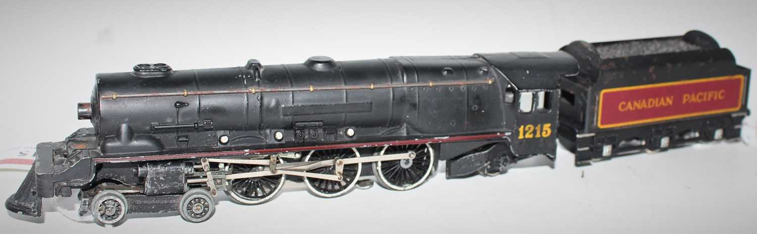 """Hornby Dublo EDL2 Canadian Pacific 4-6-2 Locomotive and tender, """"1215"""" straight over head light,"""