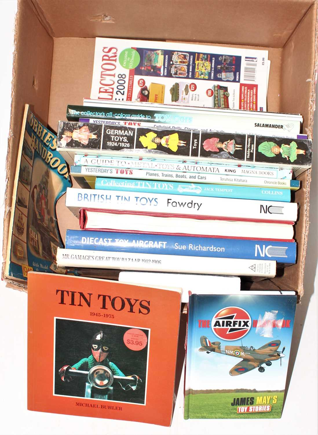 One box containing a quantity of hardback and softback model collecting books to include Diecast Toy