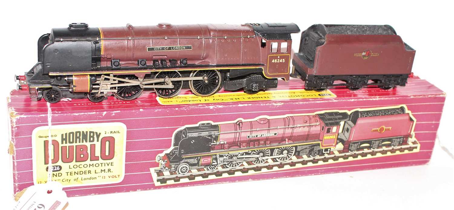 """Hornby Dublo 2226 2-Rail Loco and Tender """"City of London"""", a few chips and wear marks (G), tender"""