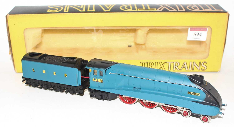 Trix 1190 4-6-2 A4 loco & tender Mallard 4468 2-rail tender driven (NM-BE) - Image 2 of 2
