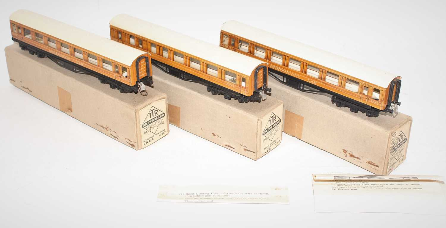 Trix Twin Railway Boxed LNER coach group, 3 examples to include 2x No.4/587 LNER Bogie Resturant Car - Image 2 of 3