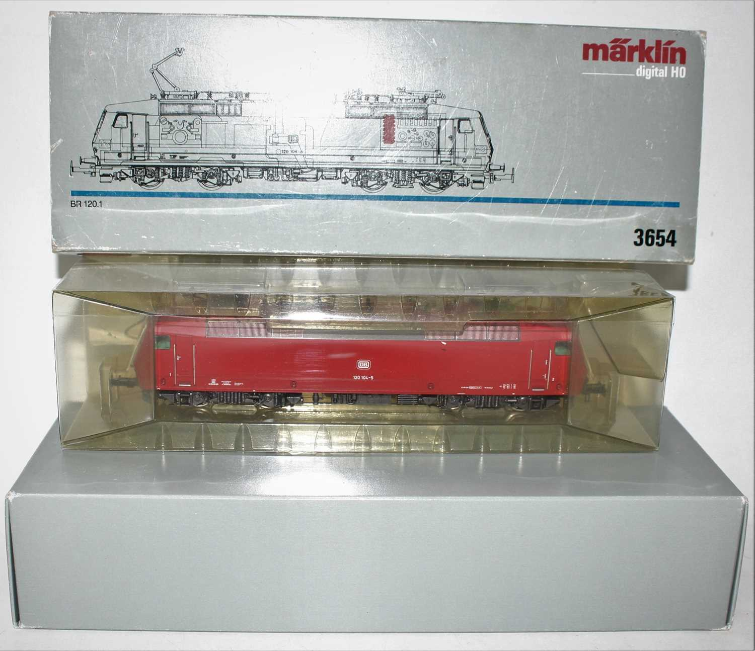 A Marklin H0 model No. 3654 electric locomotive BR 120.1 of the DB locomotive housed in the original - Image 2 of 2