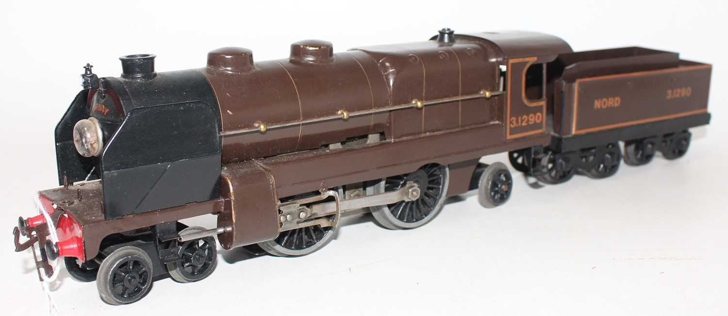 Hornby total repaint 1934-36 E320 20V AC Riviera Blue Train Loco and tender, Nord No.3.1290 on lined