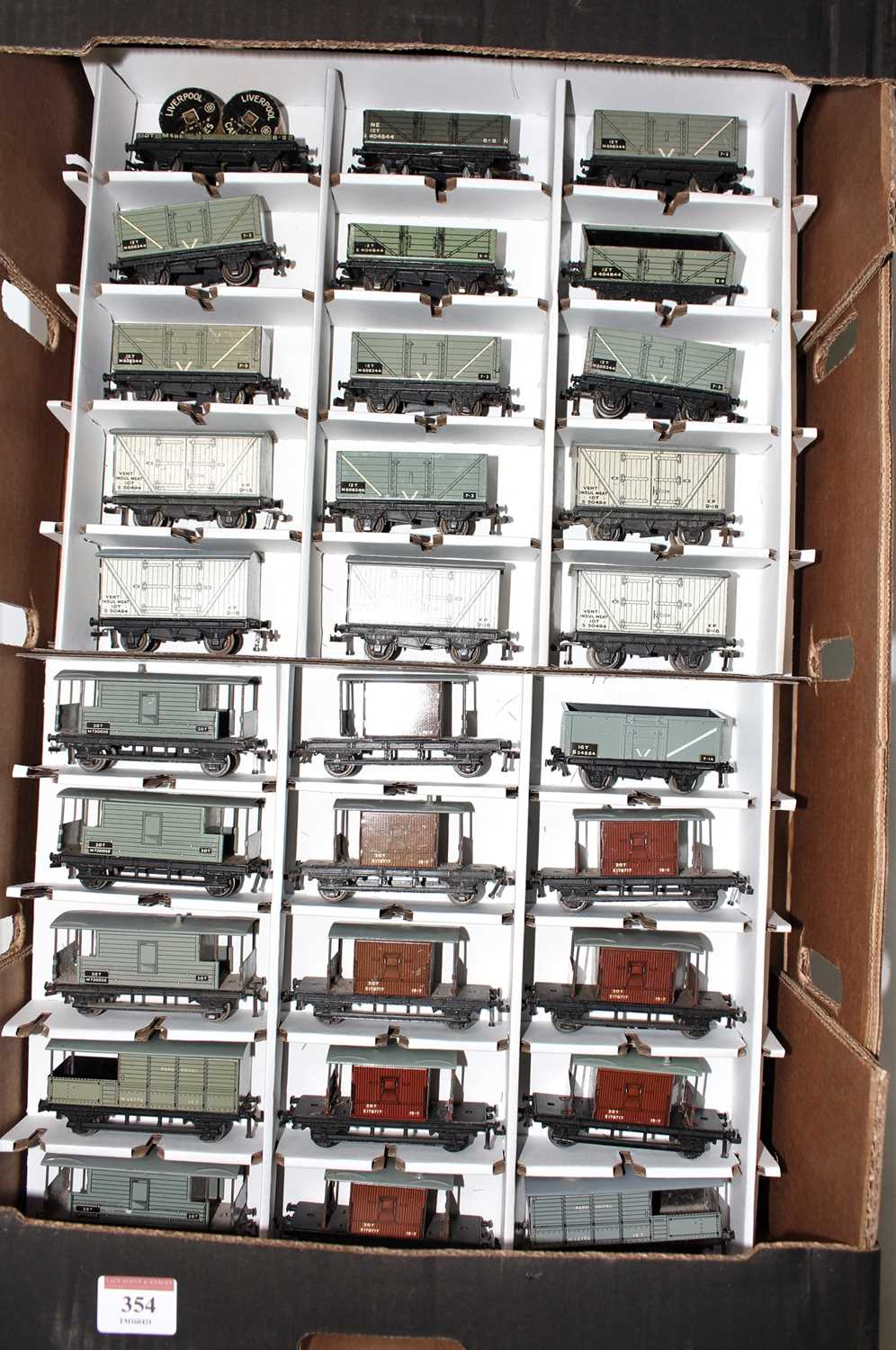 49 Hornby Dublo tinplate/diecast Post War wagons, a varied collection, quality ranging from (F-VG) - Image 2 of 2