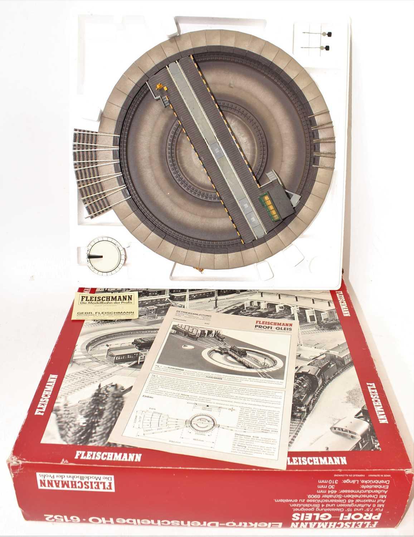 Fleischmann Model 6152 electric turntable, appears unused (M-BVG) - Image 2 of 2